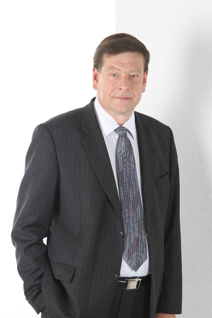 Seimo Valstybės valdymo ir savivaldybių komiteto pirmininkas Valentinas BUKAUSKAS