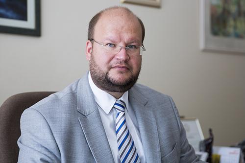 Vilniaus miesto psichikos sveikatos centro vadovas, gydytojas psichiatras M. Marcinkevičius kiekvienam pataria naudotis suteiktomis galimybėmis ir grįžti į normalų socialinį gyvenimą, nepamirštant užtikrinti savo ir aplinkinių saugumo. Vilniaus miesto psichikos sveikatos centro archyvas